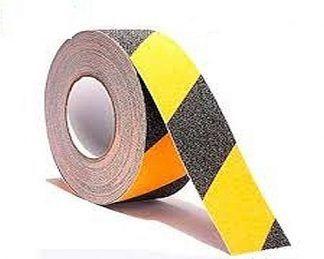 antideslizante amarillo y negro